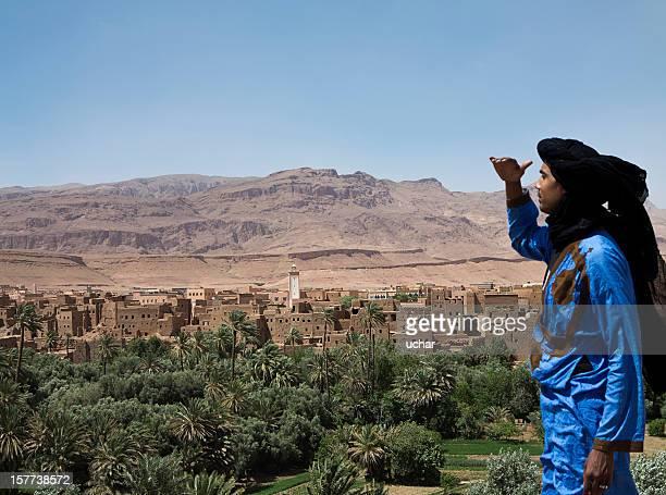 Maroc-Village sur les montagnes de l'Atlas