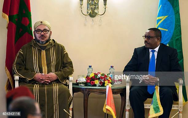 Morocco's King Mohammed VI and Prime Minister of Ethiopia Hailemariam Desalegn attend the signing ceremony of bilateral agreements between the two...
