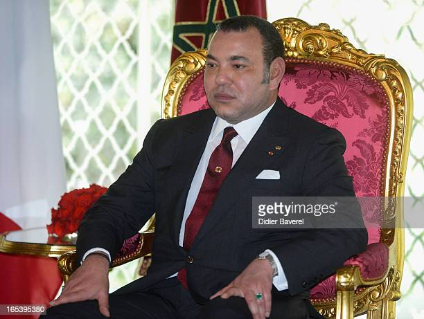 Morocco's King Mohammed VI attends the welcome ceremony of the president Francois Hollande Official Two Day Visit at the Casablanca palace on April 3...