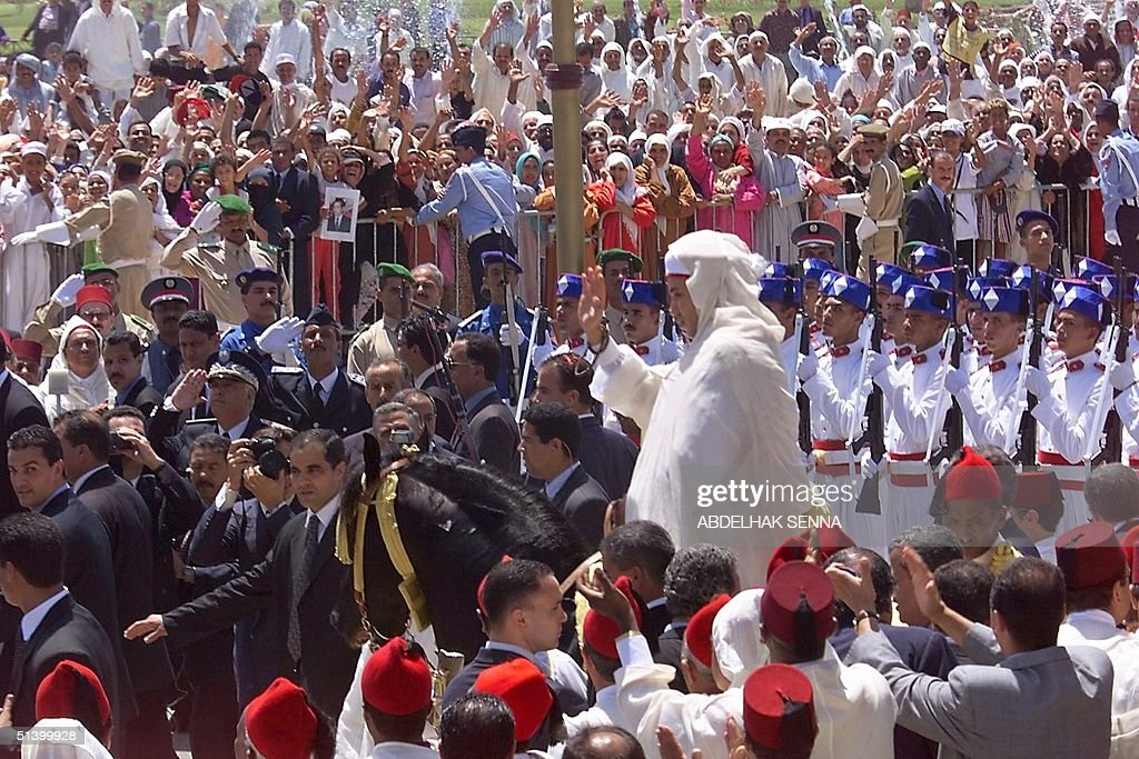 Morocco's new King Mohammed VI leaves the Ahl Fes mosque after the Friday prayers 30 July 1999 in Rabat. Mohammed VI will make his first throne speech today, fully a week after the death of his father Hassan II.