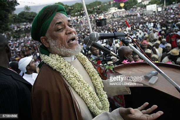 Comorian presidential candidate Ahmed Abdallah Sambi addresses his supporters 11 May 2006 during his last political rally in Moroni Voters in Comoros...