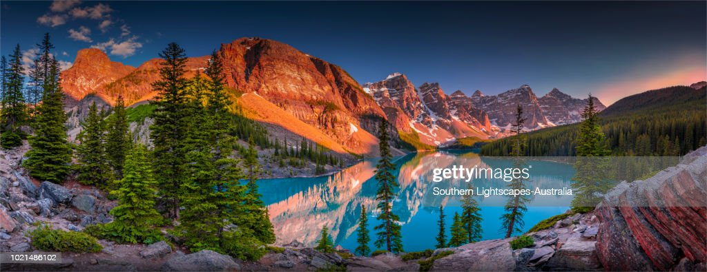 Morraine lake at Dusk, Banff National Park, Alberta, Canada. : Stock Photo