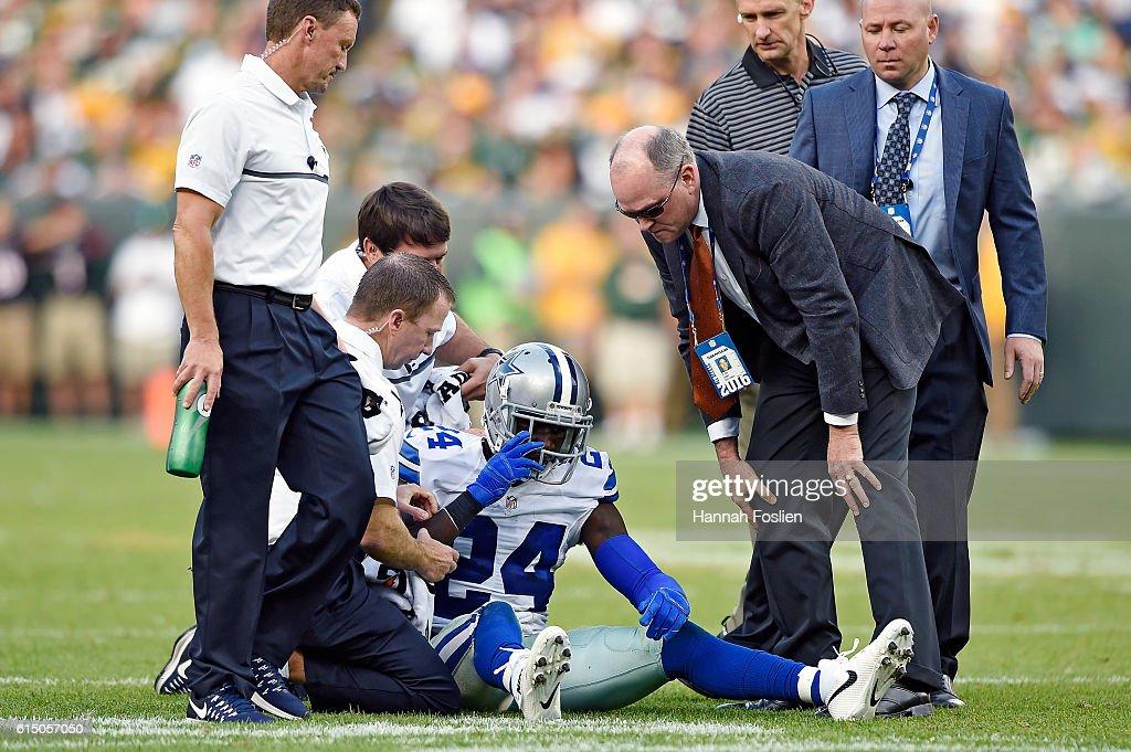 Dallas Cowboys v Green Bay Packers : News Photo
