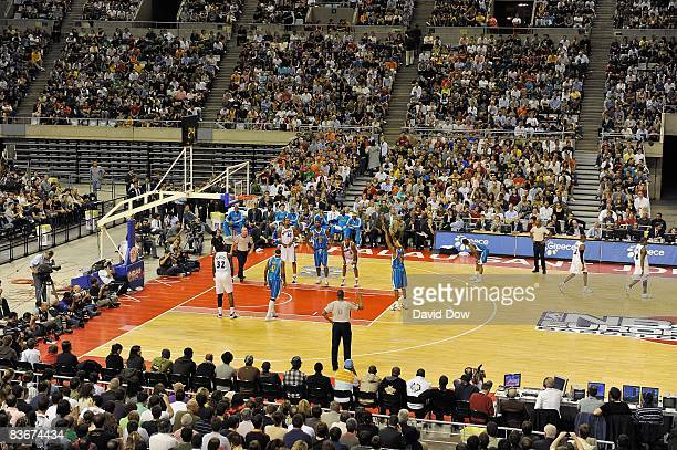 Morris Peterson of the New Orleans Hornets shoots a free throw during the game against the Washington Wizards at the 2008 NBA Europe Live Tour on...