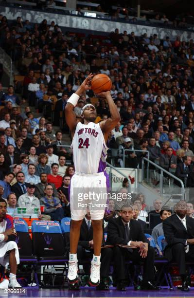 Morris Peterson of the Toronto Raptors shoots a jumper during the game against the Golden State Warriors at the Air Canada Centre on March 31 2004 in...