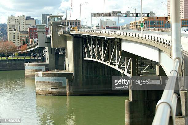 morrison bridge - willamette river stock photos and pictures