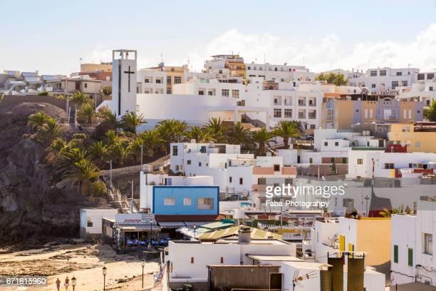 morro jable on fuerteventura - küstenlandschaft stock pictures, royalty-free photos & images