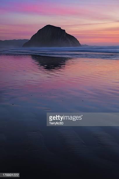 morro rock al tramonto - terryfic3d foto e immagini stock