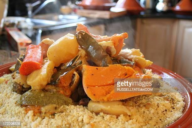 morroccan légumes - couscous photos et images de collection