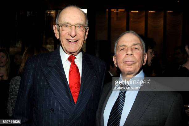 Mort Janklow and SI Newhouse Jr attend PARADE MAGAZINE and SI Newhouse Jr honor Walter Anderson at The 4 Seasons Grill Room on March 31 2009 in New...