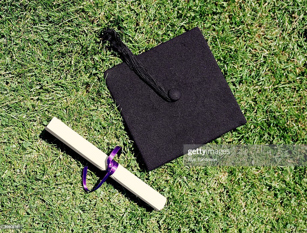 Mortarboard and diploma : ストックフォト