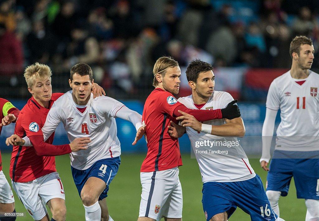 Morten Thorsby, Iver Fossum of Norway, Darko Lazic, Marko Grujic, Aleksandar Cavric of Serbia during U-21-UEFA European Championship Play-Off Norway v Serbia at Marienlyst Stadion on November 15, 2016 in Drammen, Norway.