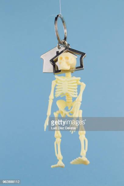mortgage with hangman's - hanging death photos stock pictures, royalty-free photos & images