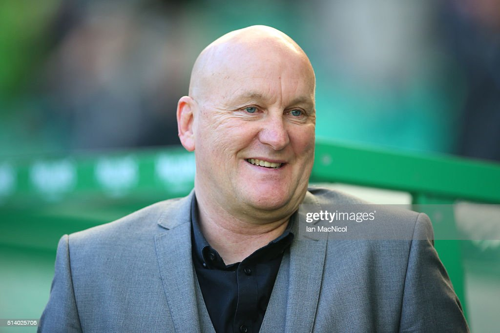 Morton manager Jim Duffy looks on during the William Hill Scottish Cup Quarter Final match between Celtic and Greenock Morton at Celtic Park Stadium on March 6, 2016 in Glasgow, Scotland.