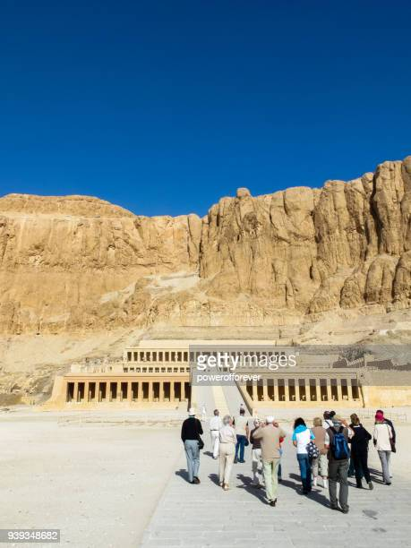 mortuary temple of hatshepsut at deir el-bahari, egypt - old ruin stock pictures, royalty-free photos & images