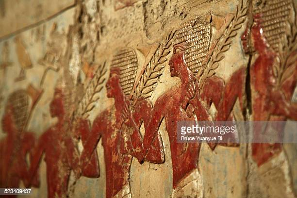 mortuary temple of hatshepsut - ancient egyptian culture stock pictures, royalty-free photos & images