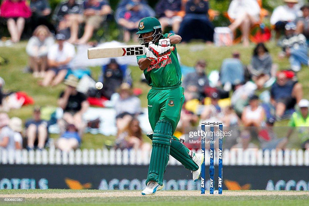 New Zealand v Bangladesh - 3rd ODI : News Photo