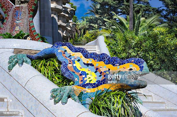 mosaic dragon, park gwell, barcelona - antonio gaudi stock pictures, royalty-free photos & images