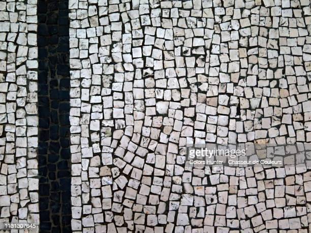 mosaic in black and withe marble - cultura portuguesa - fotografias e filmes do acervo