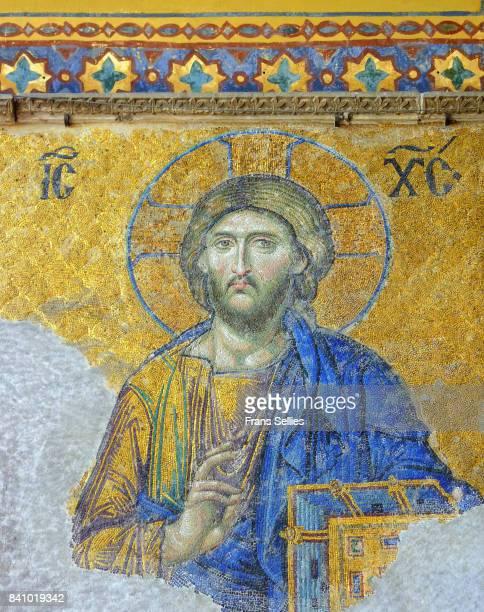 mosaic of jesus christ, hagia sophia, istanbul, turkey - frans sellies stockfoto's en -beelden