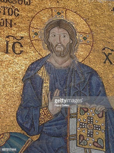 mosaic of jesus in the hagia sophia, historic center of istanbul - frans sellies stockfoto's en -beelden