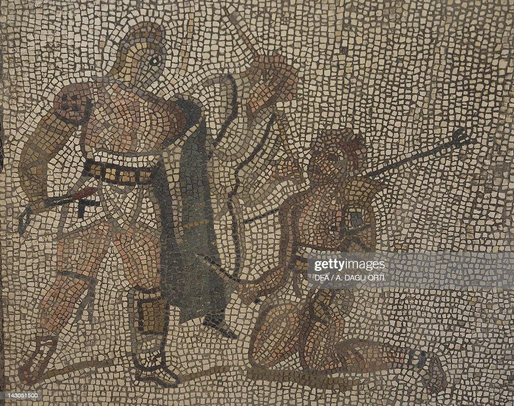 Mosaic with gladiator scene : Fotografía de noticias