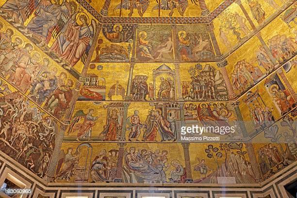 mosaics in the baptistry of florence - massimo pizzotti foto e immagini stock