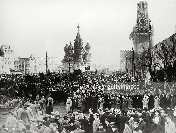 Moscow 1917 The picture shows the Kreml in MoscowUprisings during the revolution Photograph October 1917 [Moskau 1917 Das Bild zeigt den Kreml in...