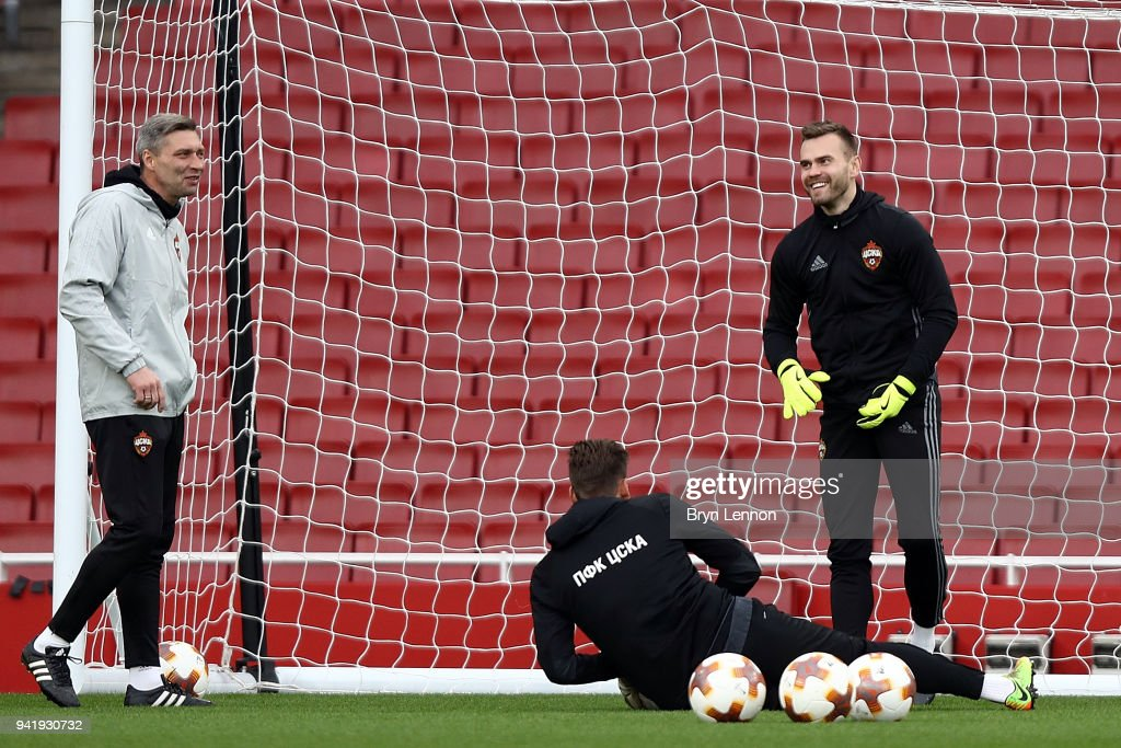 Moscow Captain Igor Akinfeev (r) takes part in a training session ahead of their Europa League 1/4 final 1st leg match against Arsenal at the Emirates Stadium on April 4, 2018 in London, England.