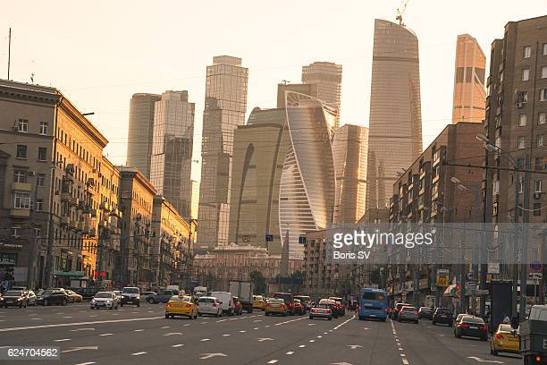 moscow international business centre as seen from pedestrian crossing - moscow international business center stock photos and pictures