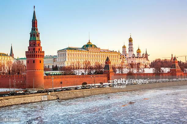 moskauer kreml und kathedralen - russische kultur stock-fotos und bilder