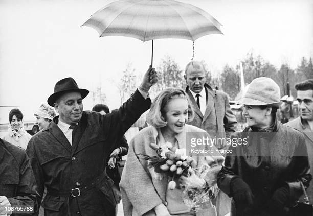 Moscow Marlene Dietrich Arriving At Sheremetyevo International Airport May 1St 1964