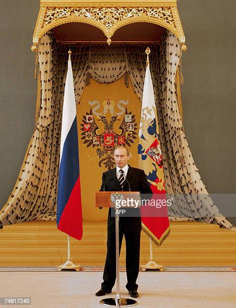 Moscow, RUSSIAN FEDERATION: Russian President Vladimir Putin adresses graduates of Russian military academies and universities during a reception...