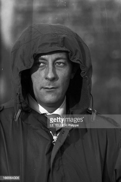 Moscow Winter A Moscou le 16 Novembre 1959 reportage sur la ville portrait de Jean ROCHEFORT comédien français coiffé d'une capuche de parka l'air...