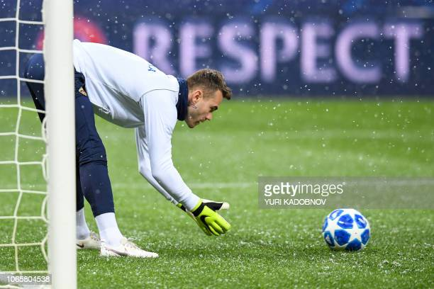 Moscow's Russian goalkeeper Igor Akinfeev warms up prior to the UEFA Champions League group G football match between PFC CSKA Moscow and FC Viktoria...