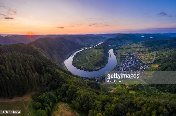moselle at sunrise - moselle stock pictures, royalty-free photos & images
