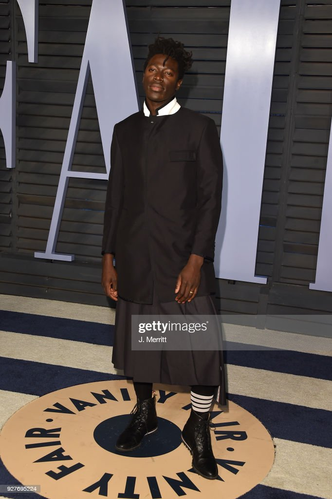 Moses Sumney attends the 2018 Vanity Fair Oscar Party hosted by Radhika Jones at the Wallis Annenberg Center for the Performing Arts on March 4, 2018 in Beverly Hills, California.
