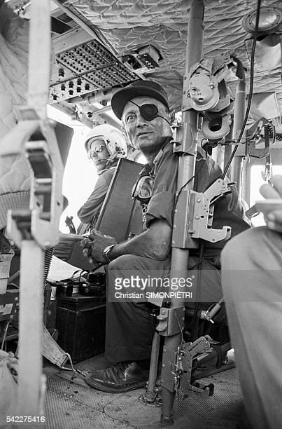 Moshe Dayan tours the Egyptian front in a helicopter
