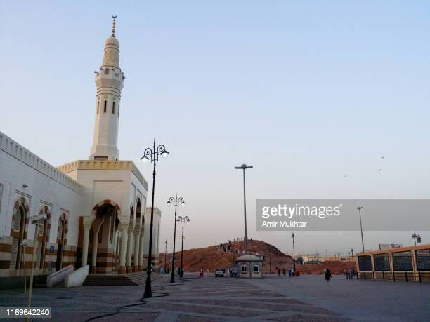 mosque and grave of hazrat amir hamza, parental uncle and companion of prophet muhammad - ziarat stock pictures, royalty-free photos & images