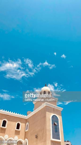 mosque and sky - mombasa stock pictures, royalty-free photos & images