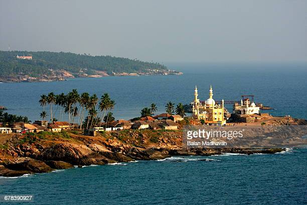 mosque by the seashore, kovalam, trivandrum, kerala, india, asia - thiruvananthapuram stock photos and pictures
