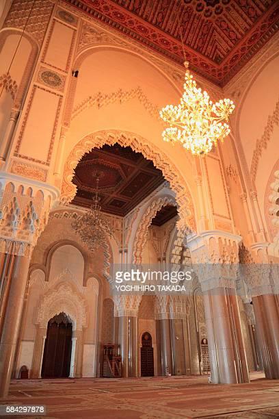 mosque hassan ii, casablanca, morocco - mosque hassan ii photos et images de collection