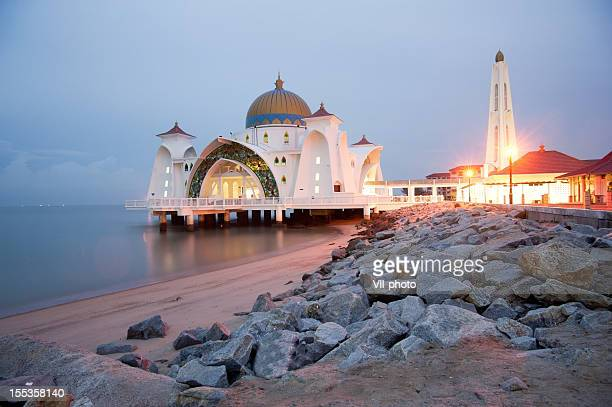 mosque - melaka state stock pictures, royalty-free photos & images