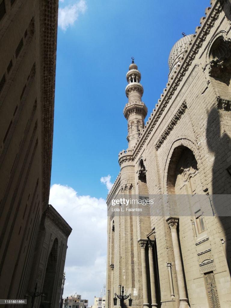 Mosque-Madrassa of Sultan Hassan : Foto de stock
