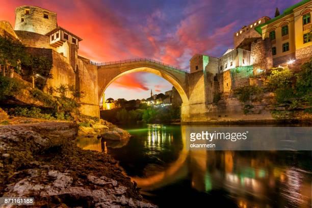 ponte de mostar - bósnia herzegovina - fotografias e filmes do acervo