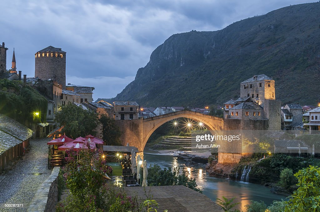 The Old Bridge of Mostar at night : News Photo