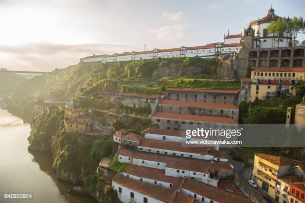 mosteiro e igreja da serra do pilar, oporto - douro river stock-fotos und bilder