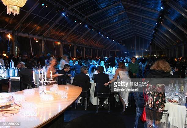 63 Mostra internazionale D'arte Cinematografica di Venezia Cena di gala sulla spiaggia del Hotel EXCELSIOR Scarlett Johansson al tavolo con il...