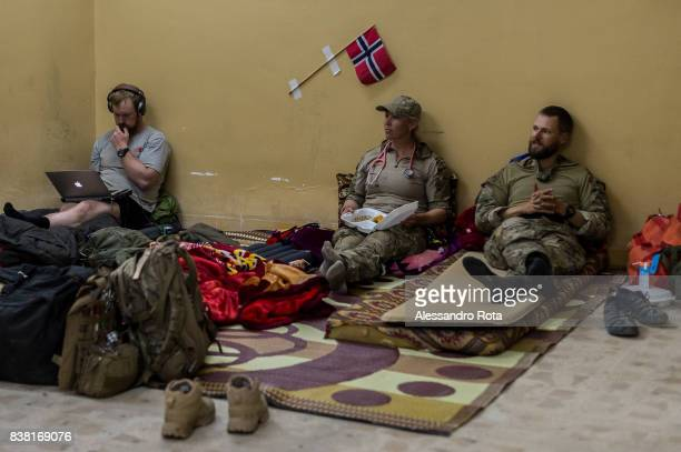 IRAQ Mosul West 12 Mar 2017 Medical personel and Norvegian volunteer for the Accademy of Emergency Response relax at a clinic near the frontline of...