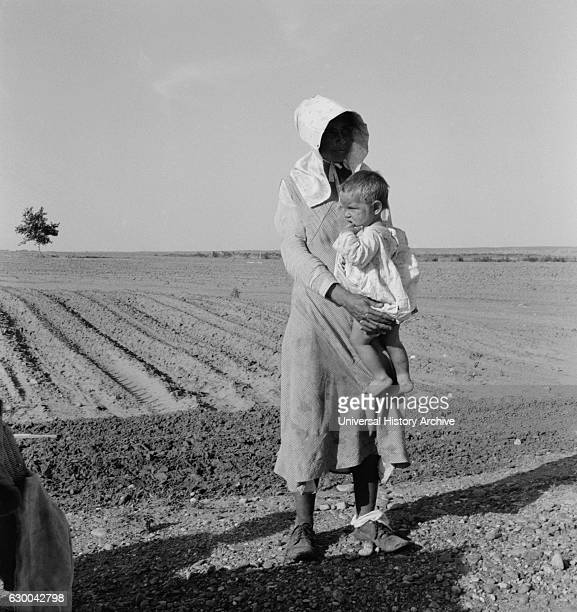 Mother and Child of Flood Refugee Family near Memphis Texas USA Dorothea Lange for Farm Security Administration May 1937
